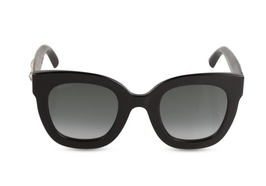 Preload https://img-static.tradesy.com/item/26232666/gucci-black-stars-oversized-sunglasses-0-1-540-540.jpg