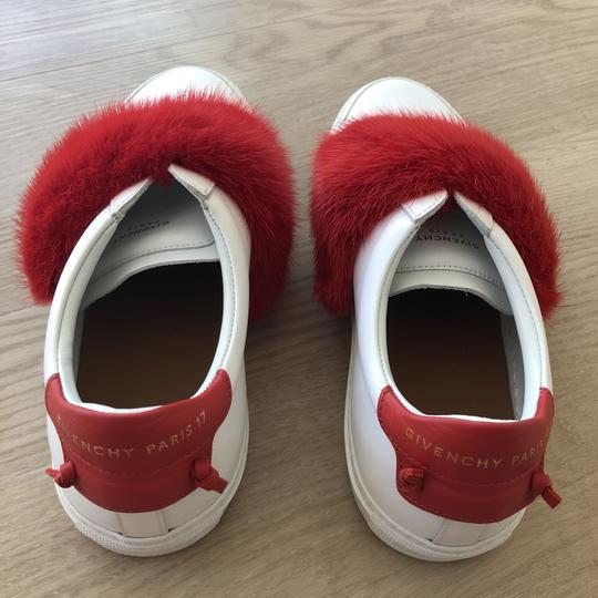 Preload https://item2.tradesy.com/images/givenchy-blancrouge-urb-str-lo-snk-elast-sneakers-size-eu-38-approx-us-8-regular-m-b-26232716-0-0.jpg?width=440&height=440
