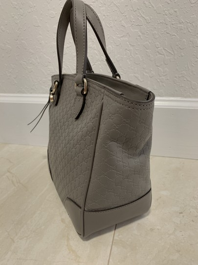 Gucci Guccissima Crossbody Monogram Shopping Tote in Grey Image 2