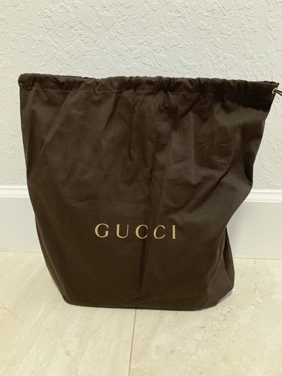 Gucci Guccissima Crossbody Monogram Shopping Tote in Grey Image 4