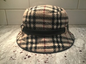 Burberry Chic and Stylish 100% Wool Belted Black Fedora