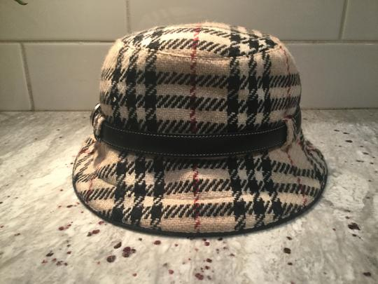Preload https://item1.tradesy.com/images/burberry-plaid-chic-and-stylish-wool-belted-black-fedora-hat-26232820-0-0.jpg?width=440&height=440