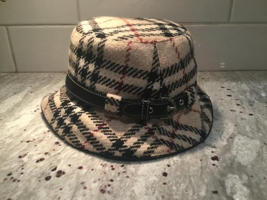 Burberry Chic and Stylish 100% Wool Belted Black Fedora Image 2