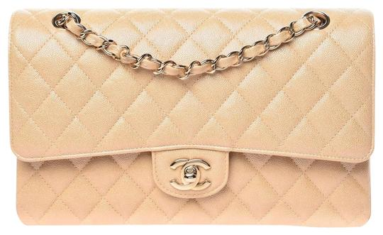 Preload https://img-static.tradesy.com/item/26232837/chanel-double-flap-iridescent-caviar-quilted-medium-beige-leather-shoulder-bag-0-1-540-540.jpg