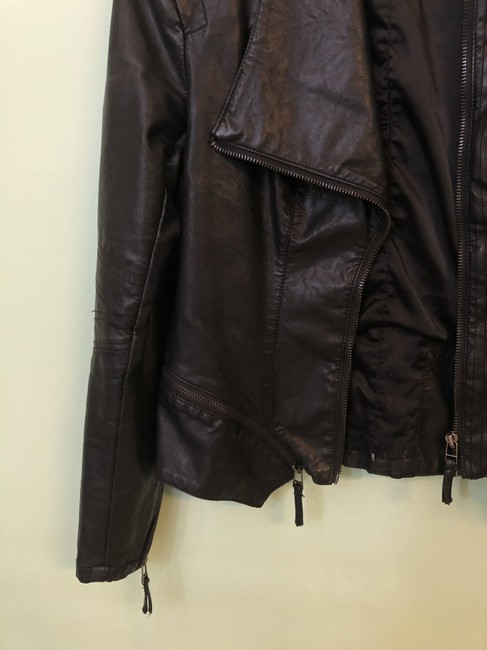 BlankNYC Faux Chic Leather Jacket Image 6