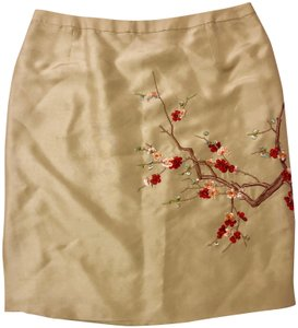 Shanghai Tang Flowers Silk Embroidery Mini Skirt Creamy White