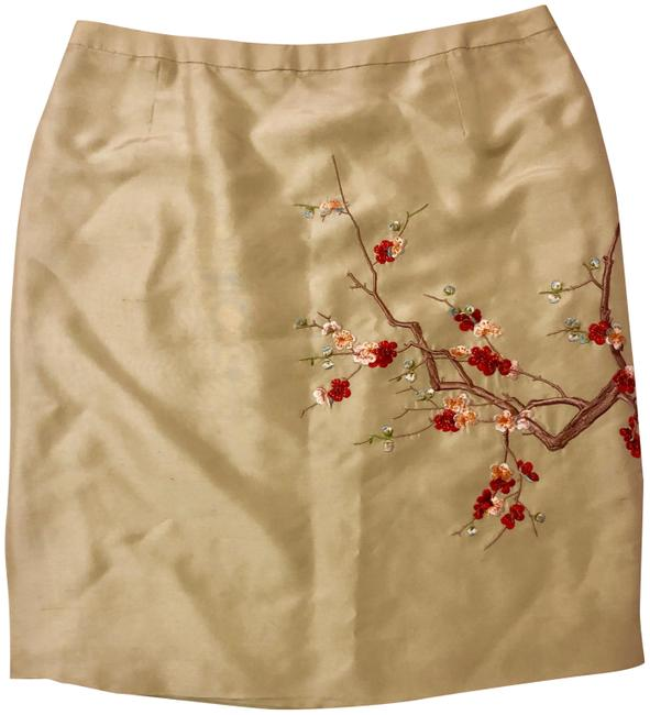 Preload https://img-static.tradesy.com/item/26232964/shanghai-tang-creamy-white-silk-floral-embroidery-skirt-size-4-s-27-0-1-650-650.jpg