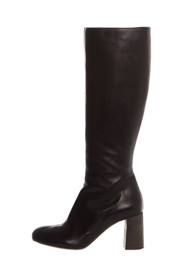 Preload https://img-static.tradesy.com/item/26232971/chloe-black-leather-bootsbooties-size-eu-405-approx-us-105-regular-m-b-0-0-540-540.jpg