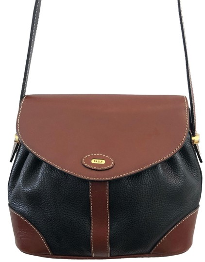 Preload https://img-static.tradesy.com/item/26233061/bally-vintage-brown-and-black-lambskin-leather-cross-body-bag-0-1-540-540.jpg