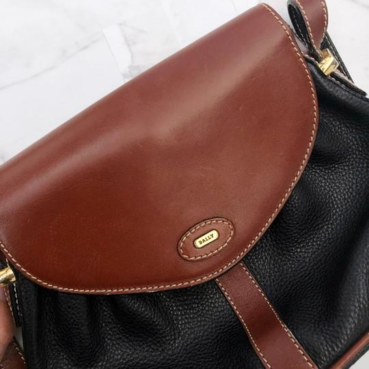 Bally Vintage Leather Cross Body Bag Image 7
