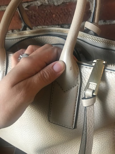 Marc Jacobs Satchel in Antique Beige Image 8