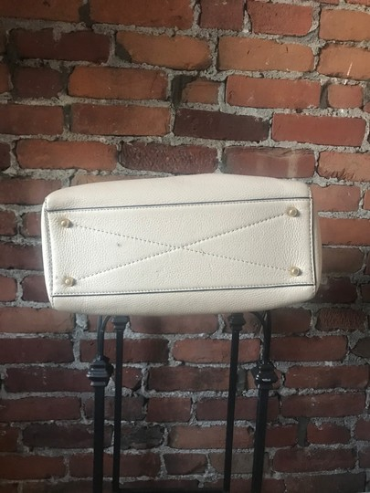 Marc Jacobs Satchel in Antique Beige Image 9