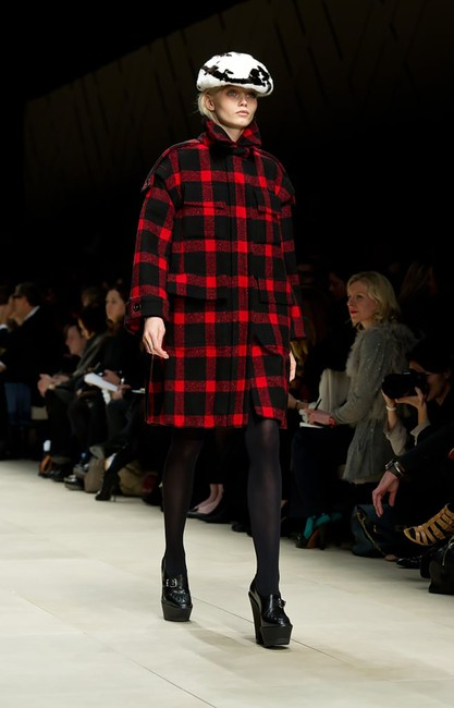 Burberry Sculptured Cocoon Taratan Runway Model Pea Coat Image 2