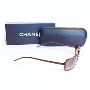 Chanel Chanel vintage tortoise pearl detail sunglasses with case and box
