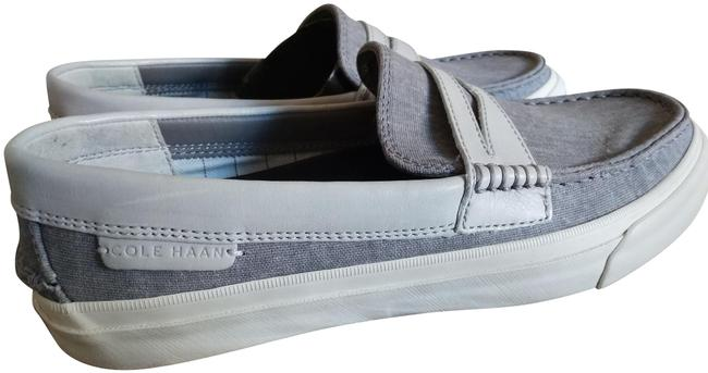 Item - Light Grey White Men's Pinch Weekender Loafer Pumps Size US 8 Regular (M, B)