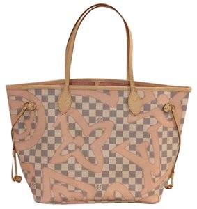 Louis Vuitton Neverfull Tahitienne Rose Ballerine Mm Tote in Multicolor