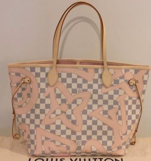 Louis Vuitton Neverfull Tahitienne Rose Ballerine Mm Tote in Multicolor Image 1