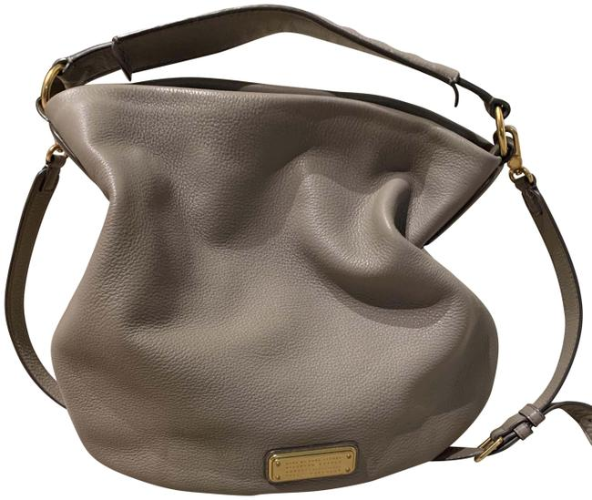 Item - Crossbody With Strap Taupe Leather Shoulder Bag