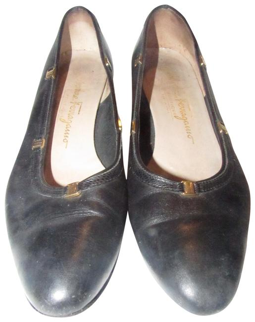 Item - Navy Blue/Gold Accents With Vara Flats Size US 7 Narrow (Aa, N)