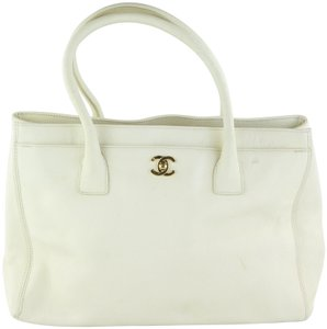 Chanel Cerf Cream Cerf Caviar Cream Tote in White
