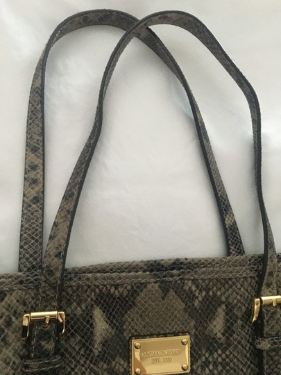Michael Kors Computer Leather Totebag Gold Studded Tote in Grey Python Print Image 3