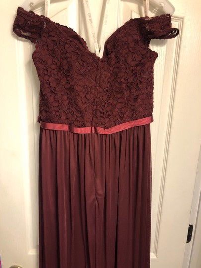 David's Bridal Wine Lace 2019 Season / Off The Shoulder - Tags Attached Formal Bridesmaid/Mob Dress Size 14 (L) Image 3
