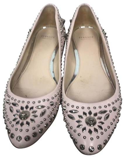 Preload https://img-static.tradesy.com/item/26241596/versace-pink-studded-leather-ballet-flats-size-us-75-regular-m-b-0-1-540-540.jpg