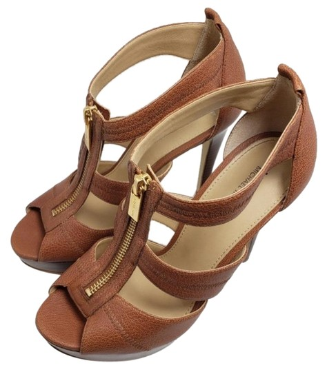 Preload https://img-static.tradesy.com/item/26241781/michael-kors-brown-sandals-size-us-7-regular-m-b-0-1-540-540.jpg