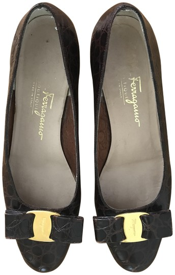 Preload https://img-static.tradesy.com/item/26241786/salvatore-ferragamo-brown-heels-leather-pumps-size-us-6-regular-m-b-0-1-540-540.jpg
