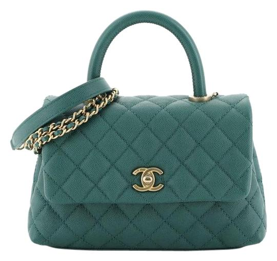 Preload https://img-static.tradesy.com/item/26241797/chanel-top-handle-coco-quilted-caviar-mini-green-leather-shoulder-bag-0-1-540-540.jpg