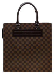 Louis Vuitton Canvas Signature Tote in Brown