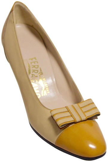 Preload https://img-static.tradesy.com/item/26242124/salvatore-ferragamo-mustard-yellow-two-tone-leather-bow-pumps-size-us-7-narrow-aa-n-0-2-540-540.jpg