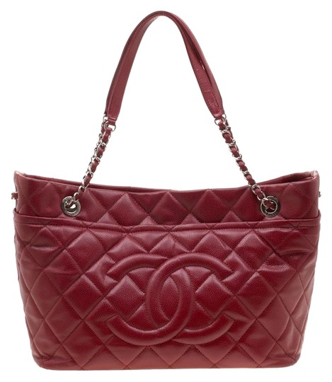 Preload https://img-static.tradesy.com/item/26242141/chanel-quilted-timeless-cc-soft-red-leather-tote-0-1-540-540.jpg