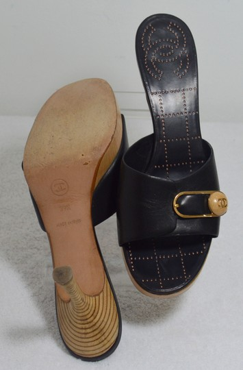Chanel Classic Retro Chic Easy-to-wear Perforated Insole Made In Italy Logo Black Mules Image 10