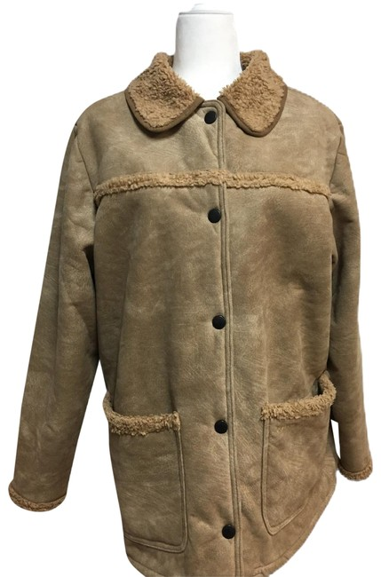 Preload https://img-static.tradesy.com/item/26242211/barbour-tan-suede-touch-sherpa-shearling-activewear-outerwear-size-12-l-0-1-650-650.jpg
