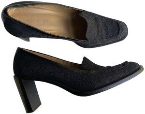 Gucci Canvas Leather Lined Good Condition Size 9 black Pumps