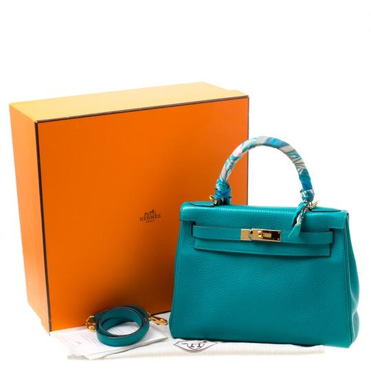 Hermès Leather Classic Tote in Green Image 11