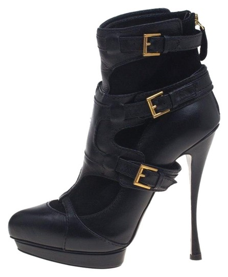 Preload https://img-static.tradesy.com/item/26242288/alexander-mcqueen-black-leather-and-suede-buckle-detail-ankle-bootsbooties-size-eu-38-approx-us-8-re-0-1-540-540.jpg