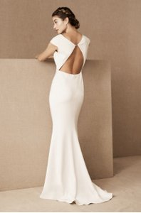 BHLDN Ivory Crepe Sawyer Gown By Badgley Mischka For Modern Wedding Dress Size 10 (M)