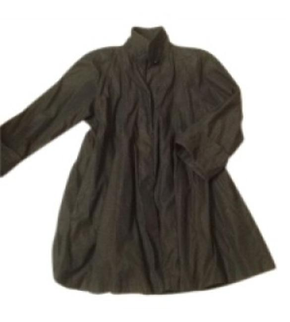 Preload https://item2.tradesy.com/images/searle-black-swing-raincoat-size-8-m-26246-0-0.jpg?width=400&height=650