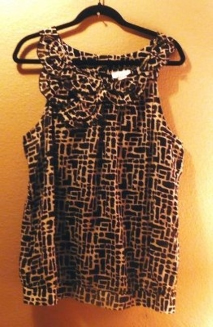 Ann Taylor LOFT Delicate Ruffle Sleeveless Summer Handwash Only 70% Cotton 30% Silk Top Black and White