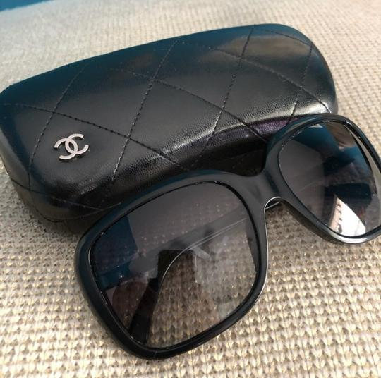 Chanel Chanel bow tie logo black sunglasses, limited edition Image 1
