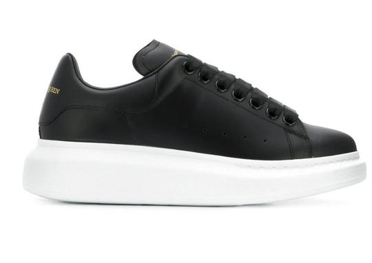 Alexander McQueen Sneaker Leather Oversized Sole Black Athletic Image 2