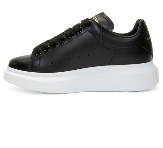 Alexander McQueen Sneaker Leather Oversized Sole Black Athletic Image 3