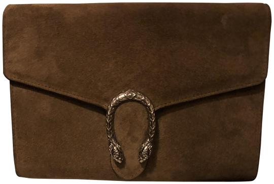 Preload https://img-static.tradesy.com/item/26250019/gucci-dionysus-wallet-on-a-chain-brown-suede-cross-body-bag-0-2-540-540.jpg
