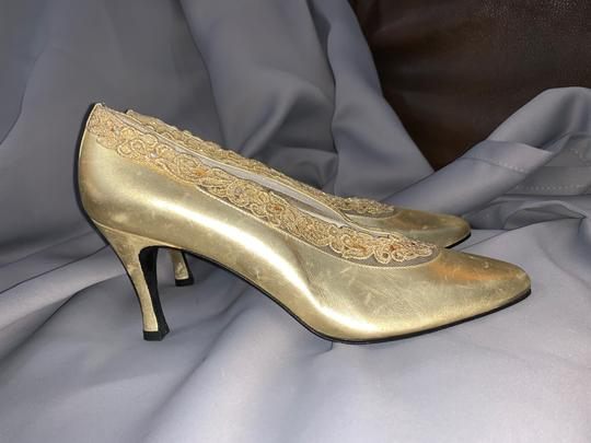 Stuart Weitzman Lace Flowers Gold Mesh and Leather Pumps Image 2