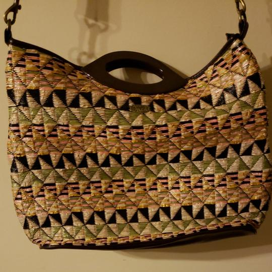 Preload https://item4.tradesy.com/images/o-neill-crossbody-shoulder-or-hand-held-the-perfect-handles-are-made-of-plastic-and-is-jute-it-has-a-26250128-0-0.jpg?width=440&height=440