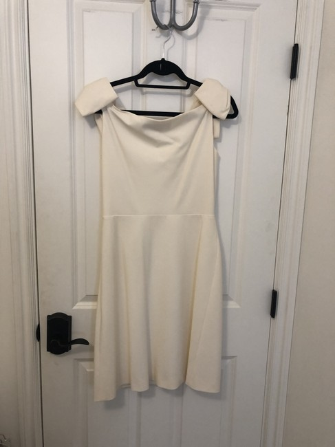 Preload https://item2.tradesy.com/images/valentino-cream-techno-couture-workoffice-dress-size-8-m-26250156-0-0.jpg?width=400&height=650