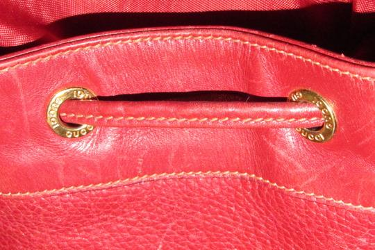 Gucci Drawstring Top Shoulder/Cross Body Xl Bucket Pebbled/Smooth Lther Tom Ford Era Satchel in true red/gold accents Image 3