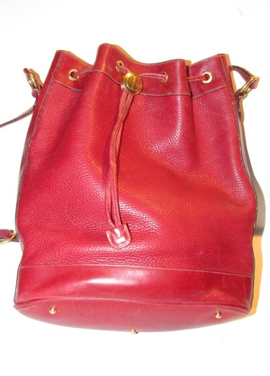 Gucci Drawstring Top Shoulder/Cross Body Xl Bucket Pebbled/Smooth Lther Tom Ford Era Satchel in true red/gold accents Image 4